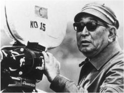 https://lapelliculebrule.files.wordpress.com/2010/09/1f092-kurosawa.jpg