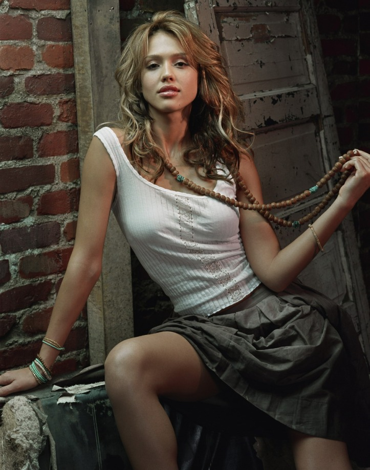jessica-alba-hot-sexy-photo-picture-nude-2