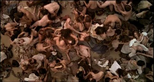Parfum orgie scene
