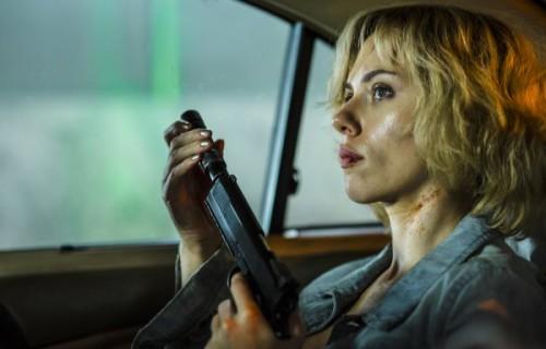 Lucy-Luc-Besson-Scarlett-Johansson-Morgan-Freeman-3