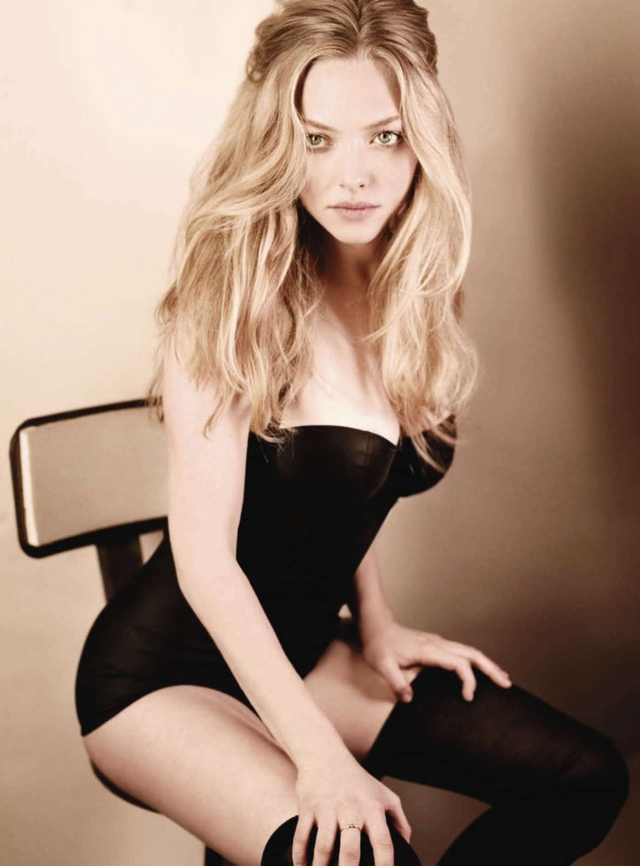 Amanda-Seyfried-sexy-hot-photo-picture-nude-image-10