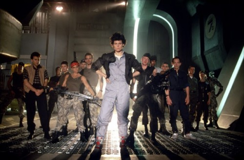 Aliens-le-retour-James-Cameron-Sigourney-Weaver-3