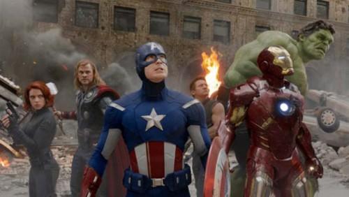 Avengers-Josh-Whedon-Robert-Dooney-JR-Mark-Ruffalo-Scarlett-Johanson-1