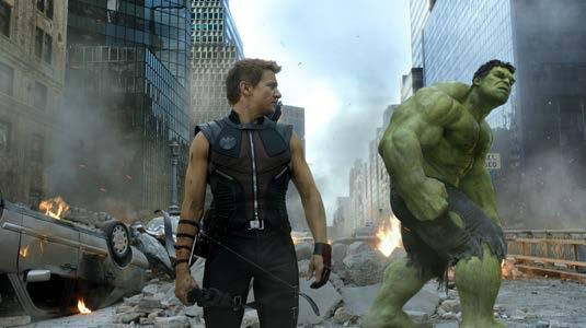 Avengers-Josh-Whedon-Robert-Dooney-JR-Mark-Ruffalo-Scarlett-Johanson-7