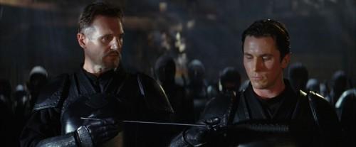 Batman-begins-Christopher-Nolan-Christian-Bale-Liam-Neeson-Mickael-Caine-Gary-Oldman-Morgan-Freeman-6