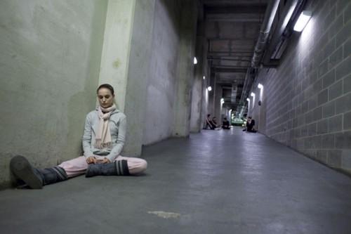 Black-swan-Daren-Anorofsky-Mila-Kunis-Nathalie-Portman-Vincent-Cassel-1