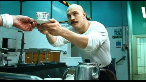 Bronson-Nicolas-Winding-Refn-Tom-Hardy-movie-film-1