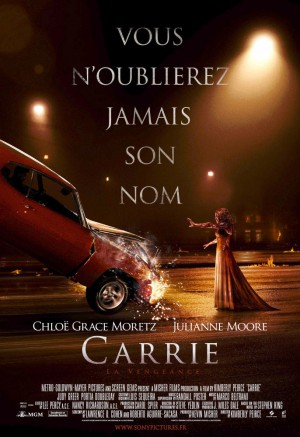 Carry-la-vengeance-Chloë-Grace-Moretz-Julianne-Moore-poster-affiche