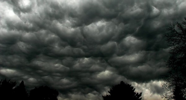 Dark-skies-film-movie-4