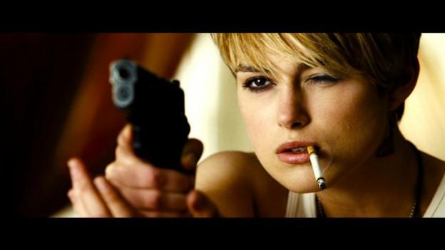 Domino-Tony-Scott-Keira-Knightley-Mickey-Rourke-film-movie-1