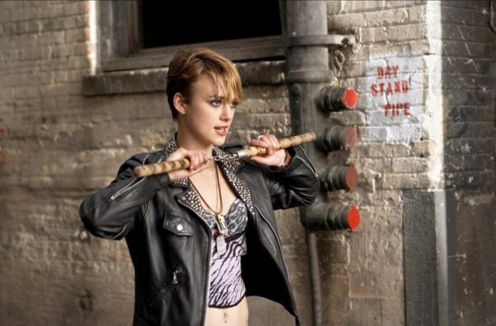 Domino-Tony-Scott-Keira-Knightley-Mickey-Rourke-film-movie-4