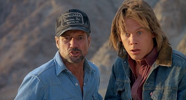 Tremors-Ron-Underwood-Kevin-Bacon-4