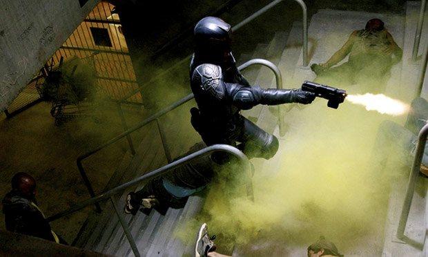 Dredd-Karl-Urban-film-movie-2
