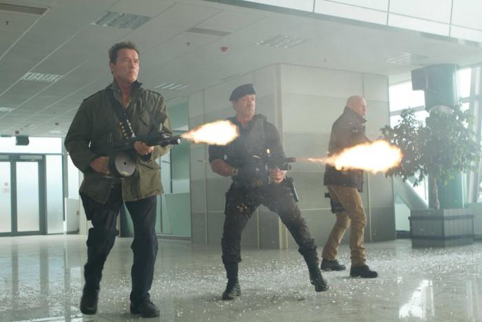 Expendables-2-Simon-West-Sylvester-Stallone-Jason-Statham-Jet-Li-Dolph-Lundgren-Chuck-Norris-2
